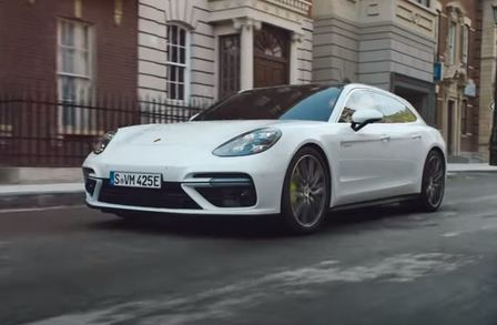 The new Panamera Turbo S E-Hybrid Sport Turismo – Venture On.